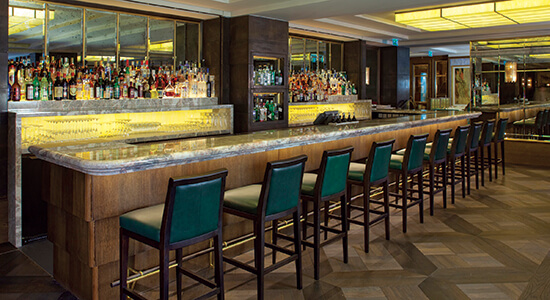 Jumeirah_Carlton_Tower_-_Rib_Room_-_Bar_Long_View