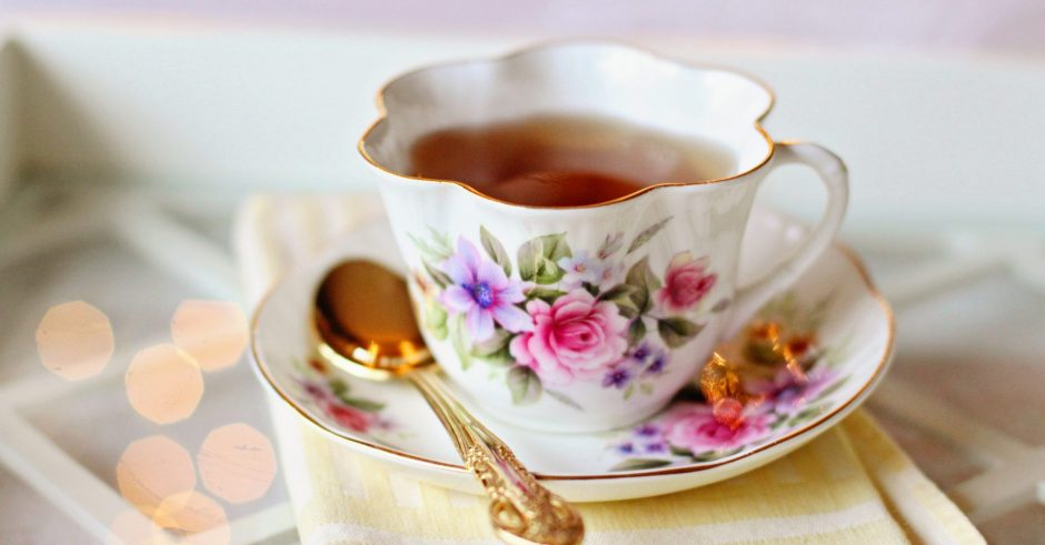 Ettiquette Tips for Afternoon Tea