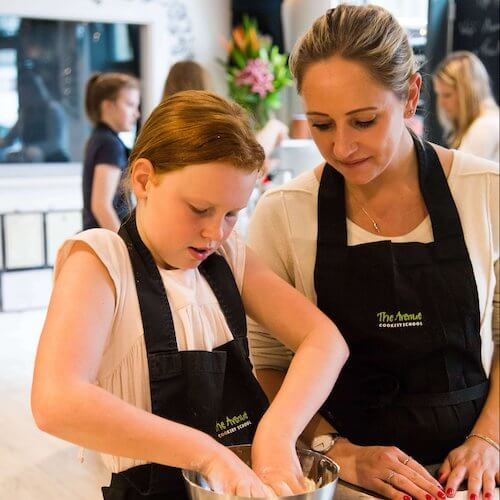 A kids cooking class - fun for the whole family!
