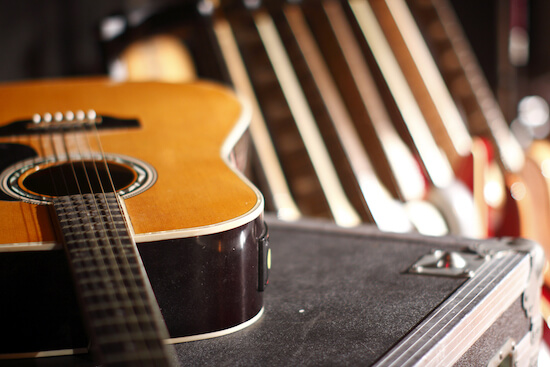 Record A Singer-Songwriter EP With A Senior Engineer At Resident Studios