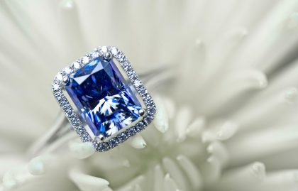 Blue sapphire ring for sapphire wedding anniversary