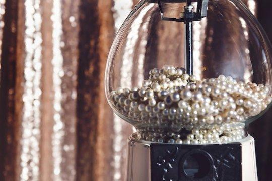 Pearl Wedding Anniversary Gift Ideas