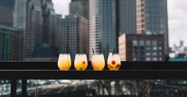 9 of the Best Rooftop Bars London Has to Offer