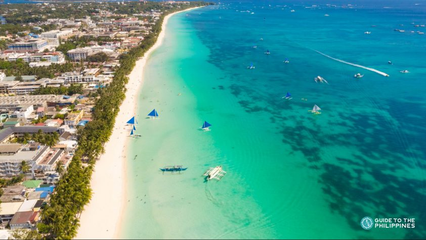 White Beach in Boracay, one of the best beaches in Phillipines