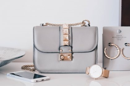 Chic handbag for 30th birthday gift