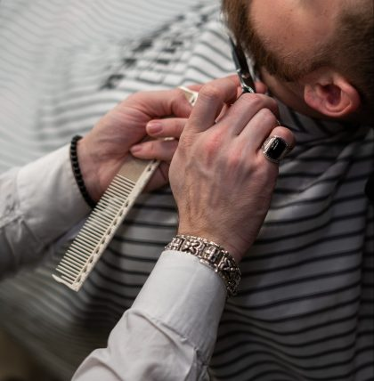 Man having a traditional wet shave