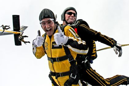 Skydiving for summer bucket list