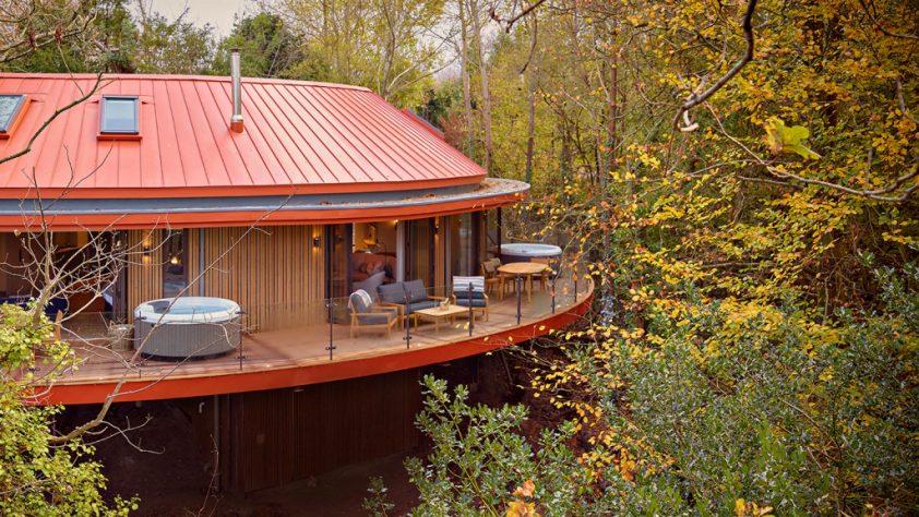 Chewton Glen Treehouse Suite