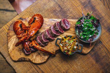 Lobster and steak board Mac n Wild