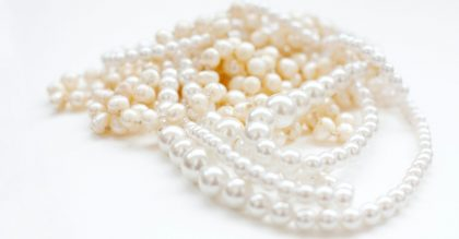 How to Tell if Pearls are Real or Fake