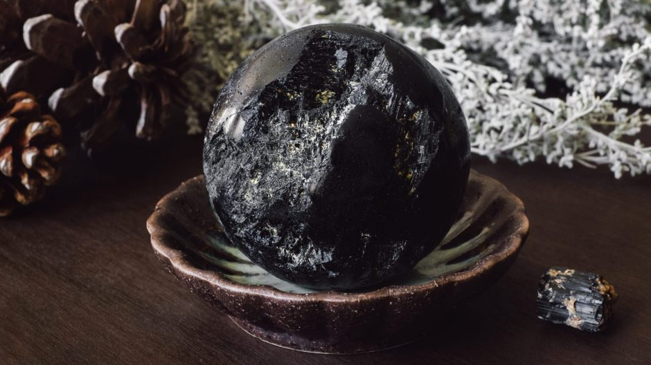 Black Tourmaline Sphere with Dried Foliage and Pinecones