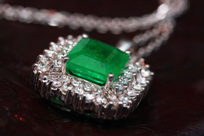 Emerald necklace for 55th wedding anniversary