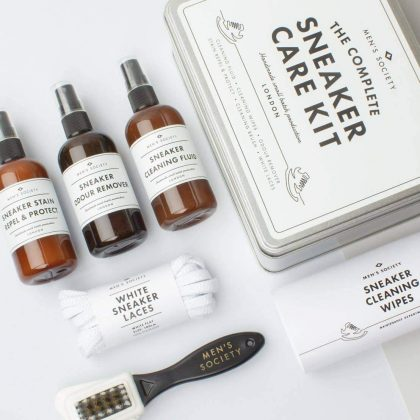 THE COMPLETE SNEAKER CARE KIT ANGLE CONTENTS SQUARE