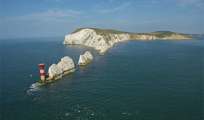 Chopper Of Love: Portsmouth & Isle Of Wight Tour For Two With Phoenix Helicopters