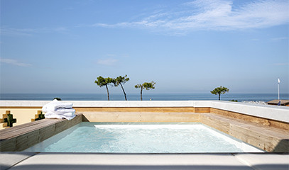 Sea and High Fashion: Exclusive Michelin-starred Foodie Getaway For Two in Forte Dei Marmi