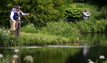 Fly Fishing Experience Near London: Private Lesson for Two