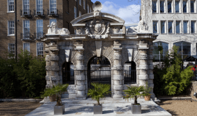 Capital Peculiarities: Hidden London Private Tour for Two