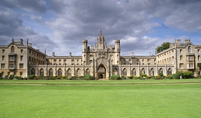 Historic Cambridge Day Trip for Two: Private City Tour & Lunch