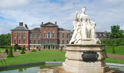 Tradition with a Twist: Kensington Palace Admission and Michelin Star Dining for Two