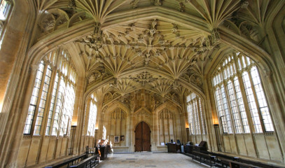 Witchcraft And Wizardry: Harry Potter Tour In Oxford With Cruise And Dining For Two