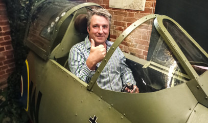 Joystick Joyride: Fly A Spitfire Simulator For One With Warwickshire Flight Experience