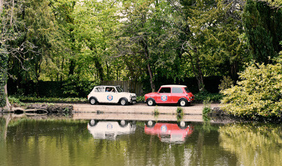 Date With A Difference: Romantic London Tour For Two in a Classic Mini Cooper