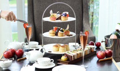 Maritime Bubbles: Laurent-Perrier Champagne Afternoon Tea For Two At Meridian Lounge
