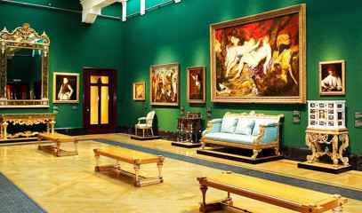 Royal Regalia: Buckingham Palace Queen's Gallery Tour And Michelin Dining For Two