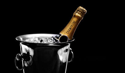 Bow Down To Bubbly: Champagne and Sparkling Wine Masterclass for Two at the London Wine Academy