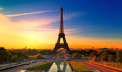 5-Star Paris Break for Two with French Pastry Class & Michelin Star Dining