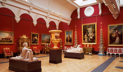 Royal Collection: Buckingham Palace Queen's Gallery Tour and Champagne Afternoon Tea for Two
