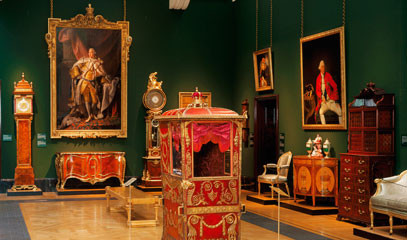 Crown Jewels: Private After-Hours Tour of The Queen's Gallery with Two Michelin Star Lunch for up to 18 People