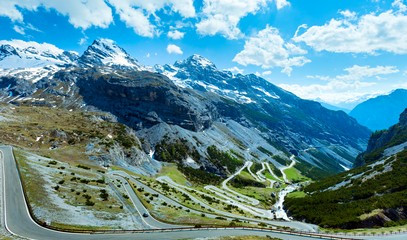 Supercars in the Swiss Alps: Follow Top Gear's Stelvio Pass Adventure for Two