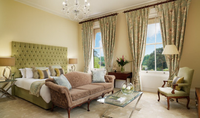 Body Bliss: Luxurious Classic Escape For Two Champneys Tring Or Forest Mere