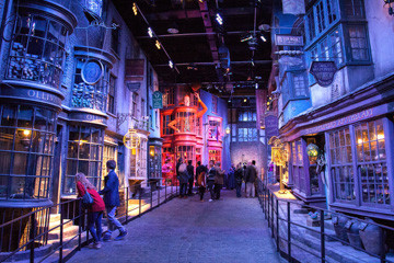 Expecto Patronum: Warner Bros. Making Of Harry Potter Tour For Family Of Four